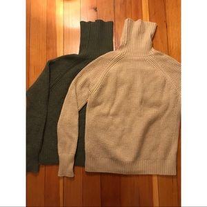 Uniqlo waffle turtleneck wool/cashmere sweaters